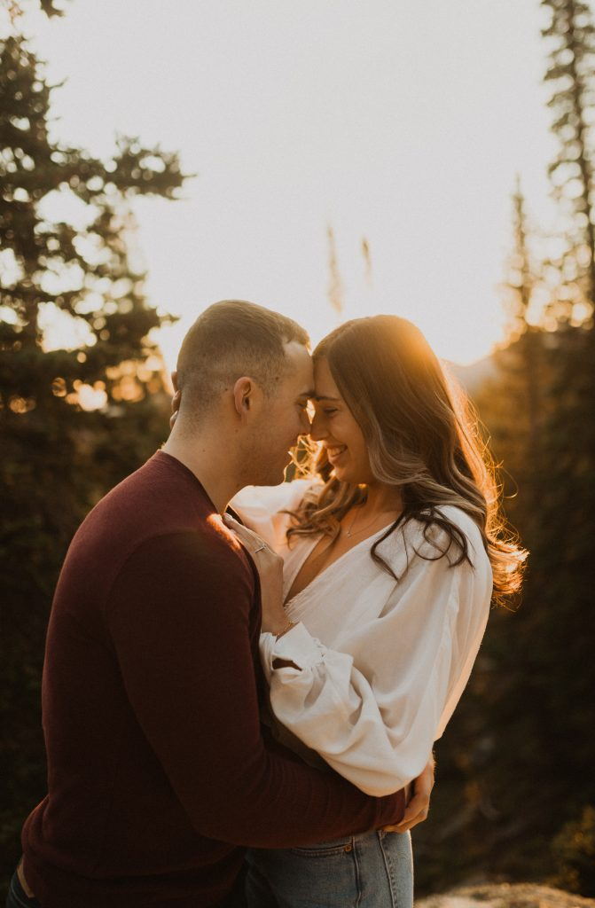 Beautiful sunrise engagement photos in Estes Park, CO