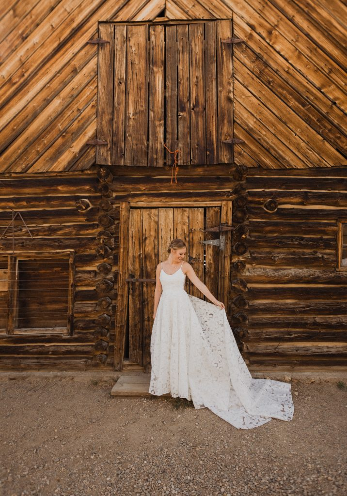 The best wedding dress for Colorado mountain wedding
