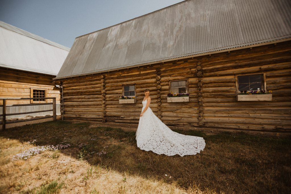 Best mountain wedding location in Granby, Colorado